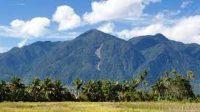 Gunung Cyclop saat siang hari doc. Papua Bangkit