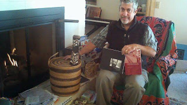 Charles Farhardian, kumpulan cerita tokoh Papua dan buku penelitian yang dilakukannya selama bertahun-tahun di Tanah Papua. (Farsijana Adeney-Risakotta)