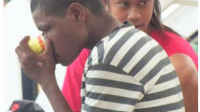 Anak-anak pengguna lem aibon di Papua - IST